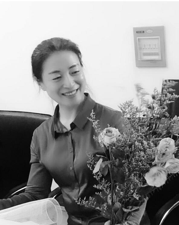 《中國婦女報》報道人工智能全球女性榜單入選者、我校計算機學院姚鴻勛教授