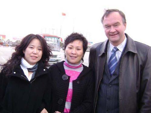 张明华老师、姜华副院长与老友重逢